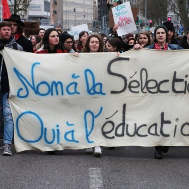 Le Gouvernement officialise la sélection à l'Université
